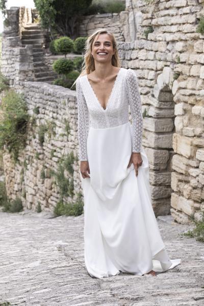 Bruce_Wedding dress_Marie Laporte